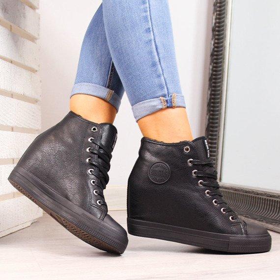 Sneakersy na koturnie ocieplane czarne Big Star BB274300