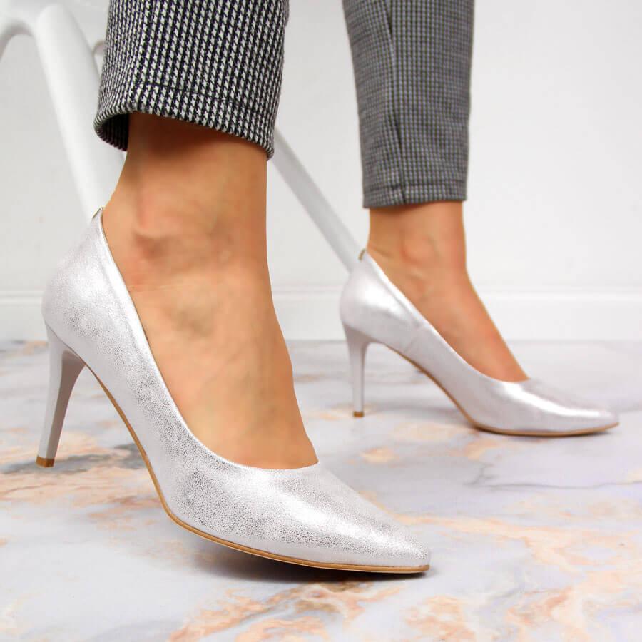 buty damskie skórzane na platformie pudrowy róż
