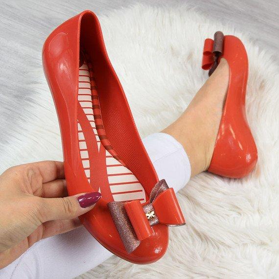 Baleriny gumowe z kokardką czerwone Zaxy