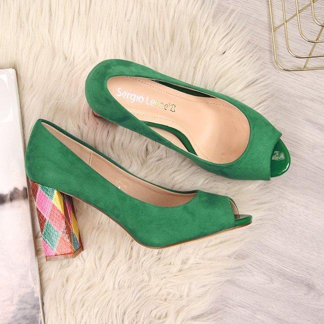 Czółenka open toe zamszowe zielone Sergio Leone