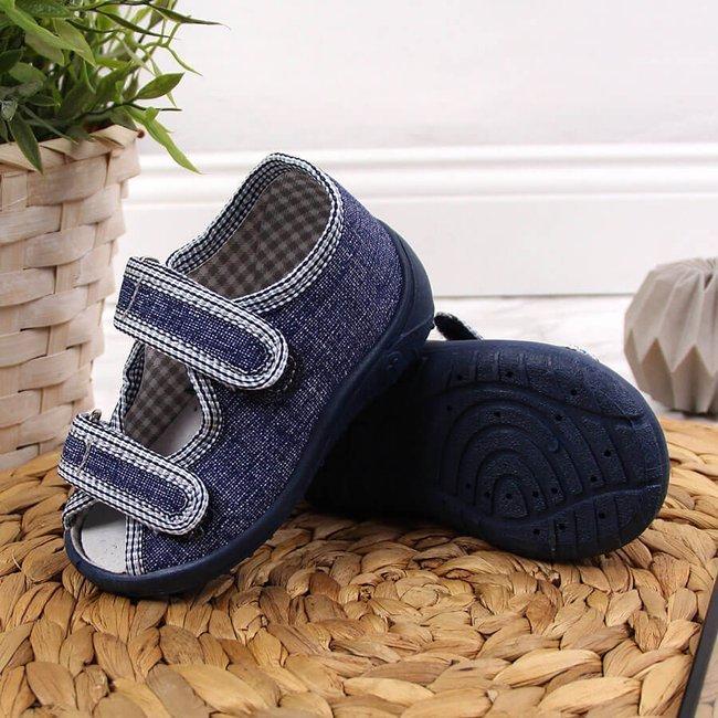 Kapcie chłopięce sandałki domowe granatowe Nazo