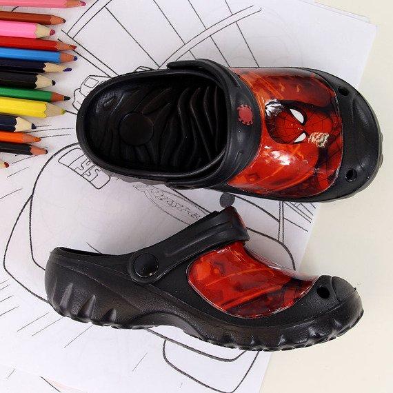 Klapki chłopięce piankowe czarne Spiderman
