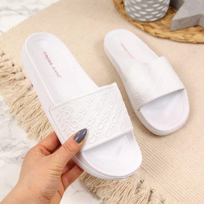 Klapki plażowe basenowe białe Cross Jeans FF2R4152C