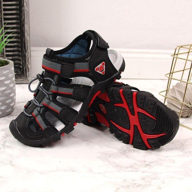 Sandały chłopięce zabudowane na rzep czarne American Club