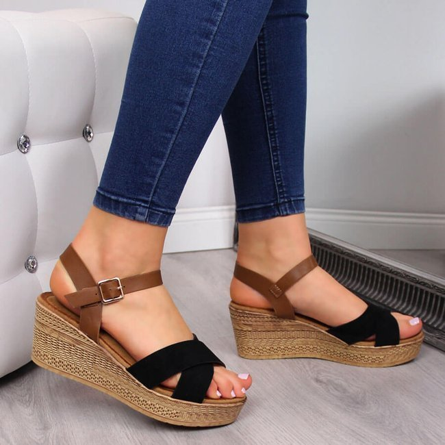 Sandały damskie na koturnie czarne S.Barski