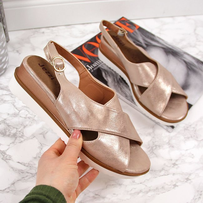 Sandały damskie na koturnie złote Jezzi