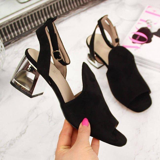Sandały damskie na ozdobnym słupku czarne Filippo