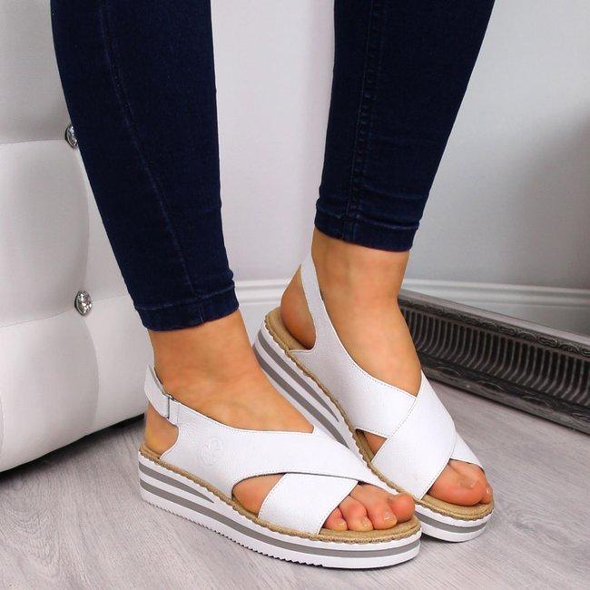 Sandały damskie skórzane na koturnie białe Rieker V0271
