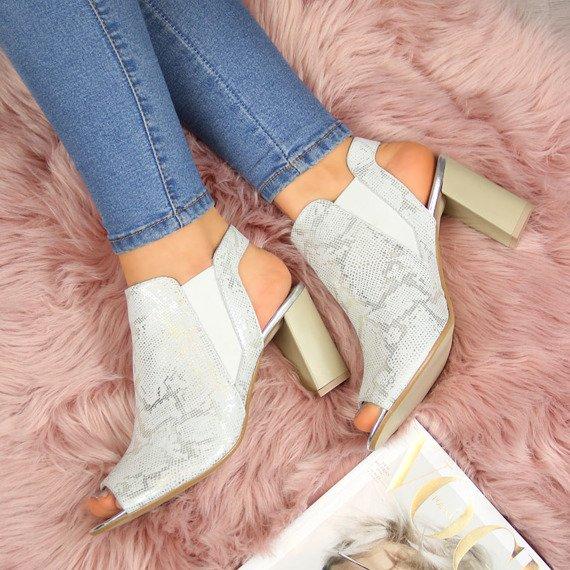 Sandały damskie skórzane srebrne Dolce Pietro 2023