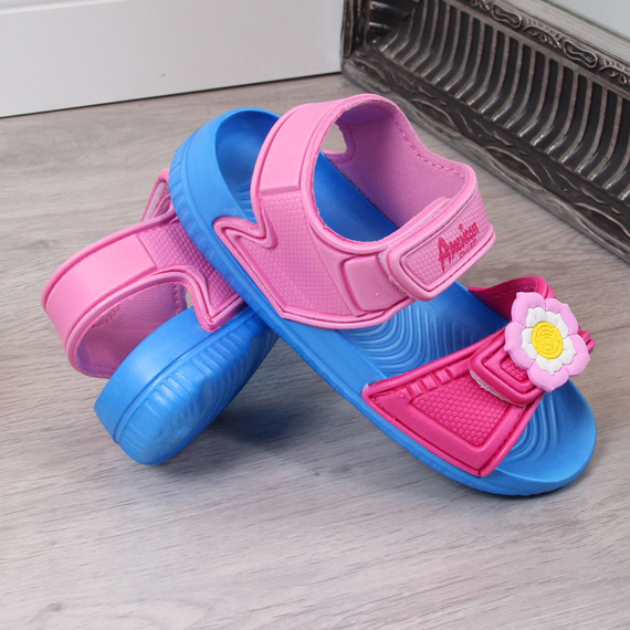 Sandały dziewczęce piankowe na rzep różowe American Club