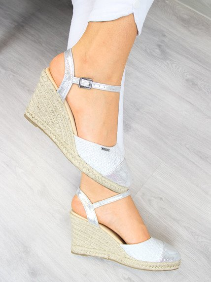 Sandały espadryle na koturnie srebrne Big Star AA274588