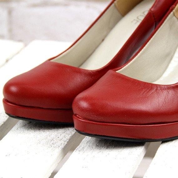 Skórzane szpilki czerwone na platformie Monique 594
